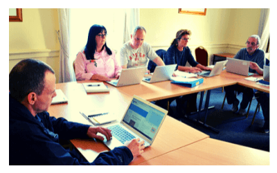 learners-class-warrenmont-community-education-centre-3