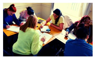 learners-class-warrenmont-community-education-centre-5